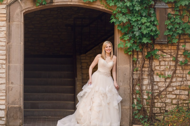 bridal portraits dfw, dfw bride, Las Colinas Mandalay Canals, Bridal Gown, Brides of North Texas, Flower Mound Wedding Photographer