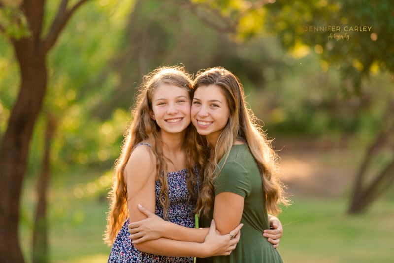 Teen photographer, senior photos, what to wear for pictures, Coppell Grapevine Springs Park