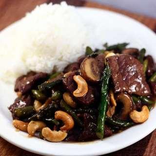 Beef Stir Fry with Asparagus, Mushrooms & Cashews
