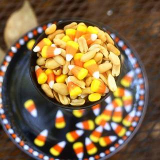 Candy Corn Snack Mix