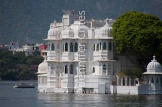 Taj lake palace, Lake Pichola