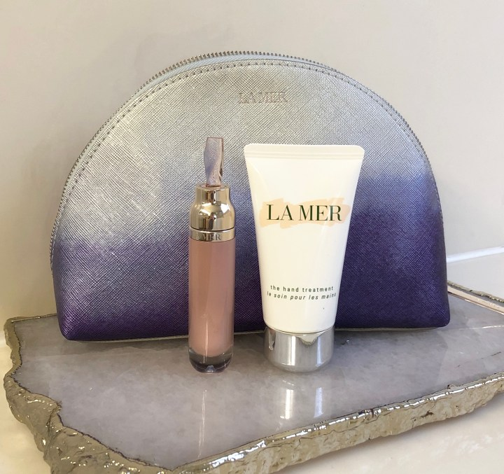 La Mer Rejuvenating Hydration Hand Cream and Lip Volumizer Gift Set for Holiday 2020 Review and Swatches