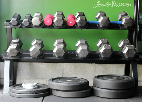 Cheap home gym from Jenniferdecorates.com