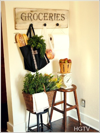 Large vintage signs are one of my favorite kitchen wall decor ideas. They are a fun and creative way to show your personality.  sc 1 st  Jennifer Decorates & Cottage Kitchens Ideas - Cottage Home Decorating Ideas