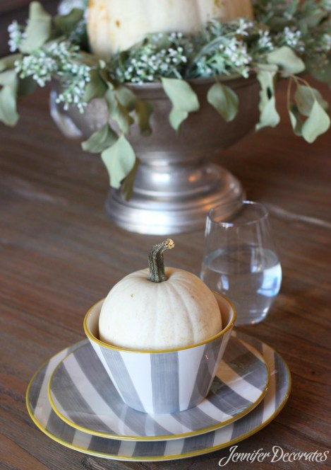 Fall table decorating ideas from Jennifer Decorates.com - Table from ReFresh Interiors.