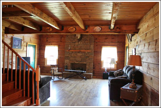 Log cabin living room before and after photos - Home interior decoration ideas ...
