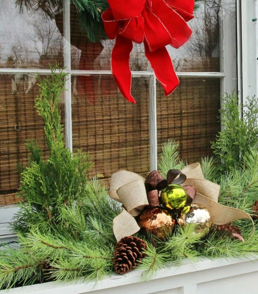 the easiest christmas window box idea ever from jennifer decoratescom