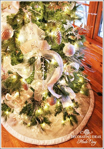 White Christmas Tree. This Is A Tree I Decorated For A Client That Owns A  Beautiful Cabin.