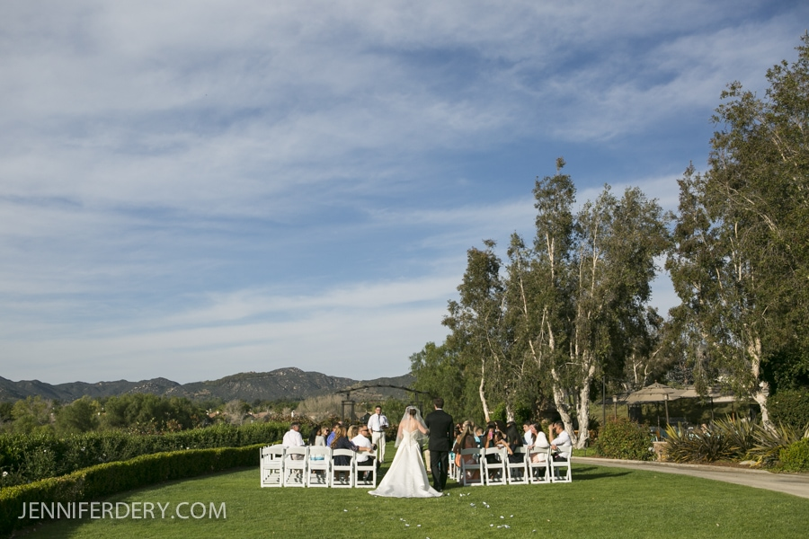 What You Need to Know About Having a Small Wedding