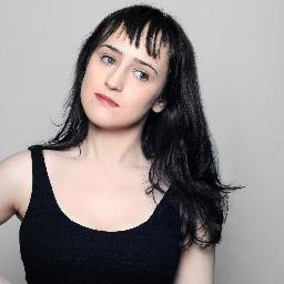 New Favorite Person: Mara Wilson (That Formerly Little Girl Who Was in That Movie 'Matilda')