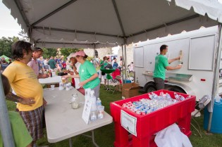 The Riverside Chamber of Commerce served beer to attendees.