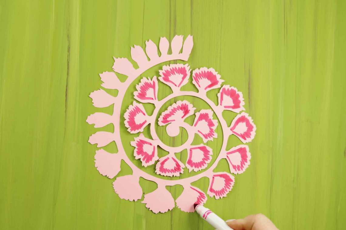 Download Unique Rolled Flowers Svg Free - flowers pictures