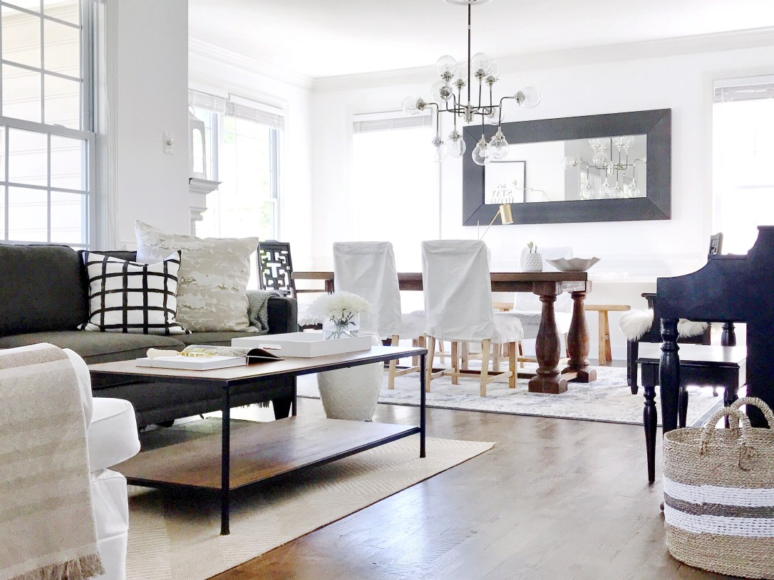 Olive and Ford living:dining