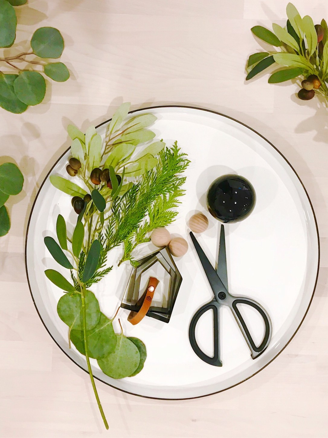 Olive and Ford wreath project