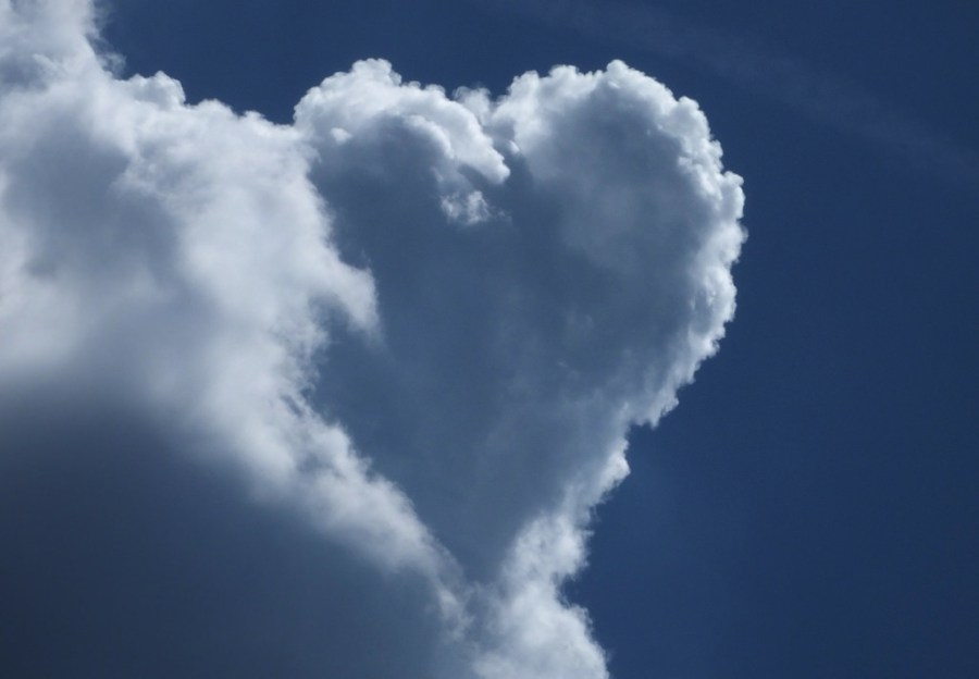 heart shaped cloud small life