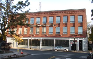 FOR SALE/LEASE: Downtown Springfield Commercial Building