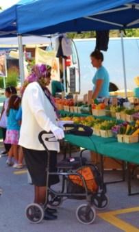 Senior at Market