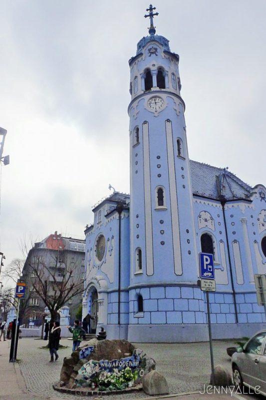 bratislava slovaquie eglise bleue