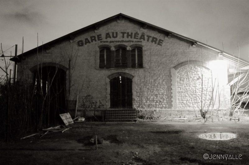 gare au theatre