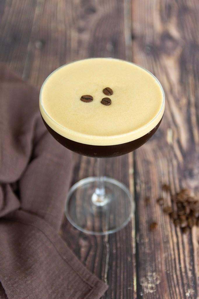 Cocktail met koffie en Licor 43
