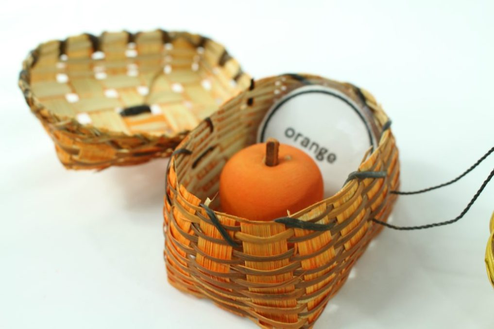 wooden apples and wicker baaskets color sorting activity - jenny at dapperhouse - reggio emilia - montessori