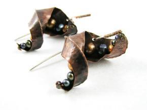 ff earrings