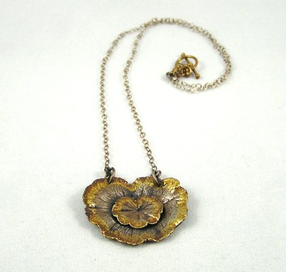 double dewdrop leaf necklace