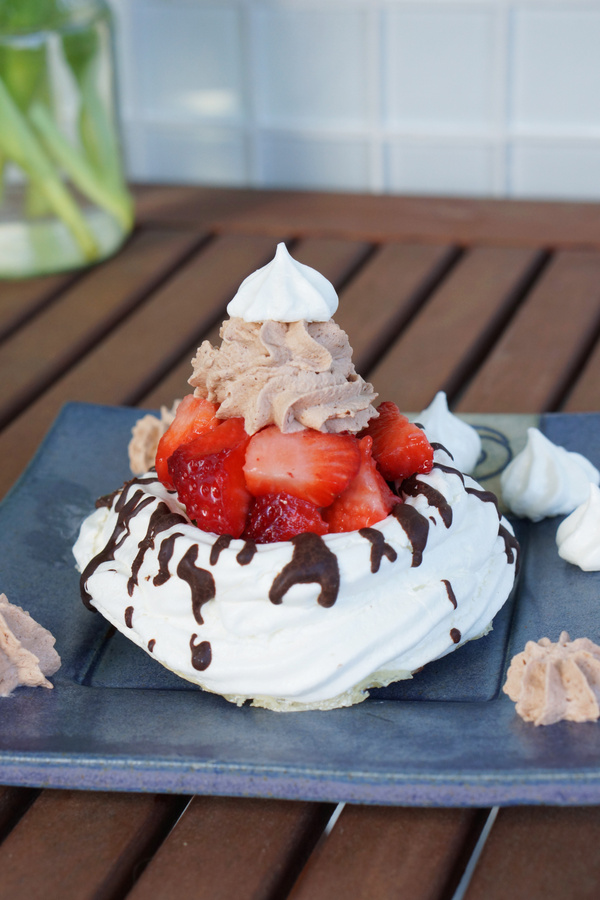 chocolate strawberry meringue nest