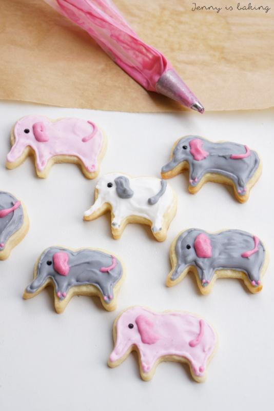 How to make elephant sugar cookies
