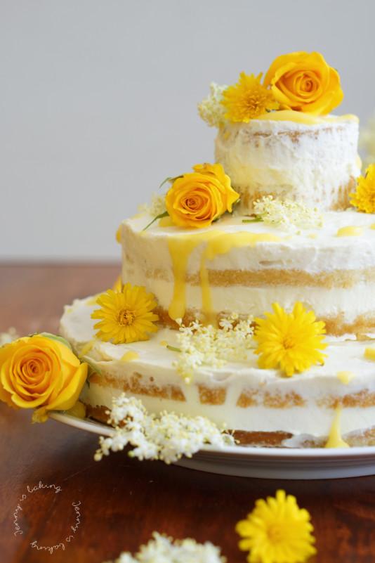 Lass Uns Mit Meghans Und Harrys Holunder Zitronen Hochzeitstorte