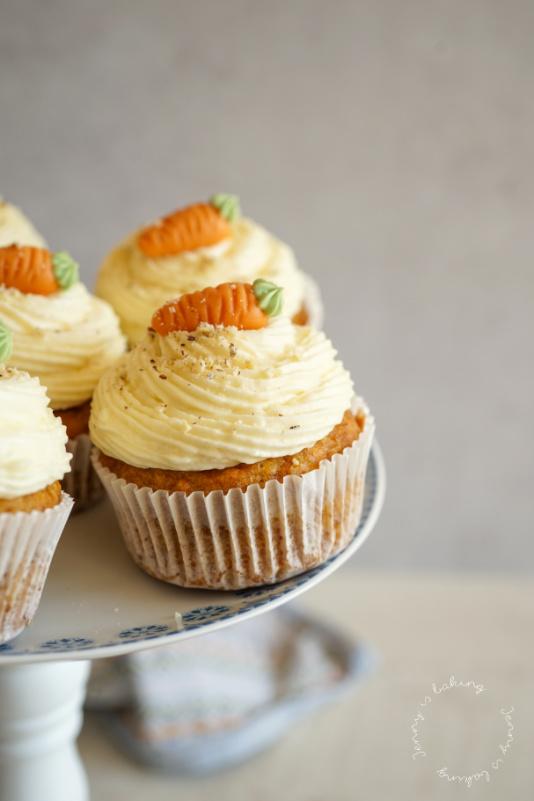 Die allerbesten Möhren-Cupcakes mit Frischkäse-Creme