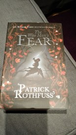 The Wise Man's Fear (The Kingkiller Chronicles, #2)