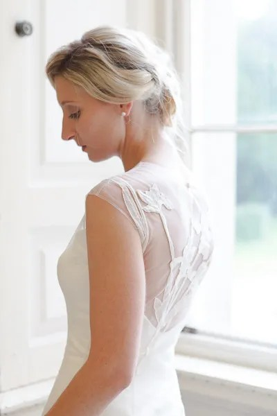 alex-beautiful-lace-back