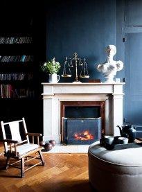 Black Livingroom