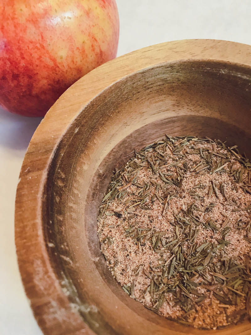 Cinnamon & Thyme Spice Rub - Slow Cooker Pork Sirloin Tip Roast with apples and bacon