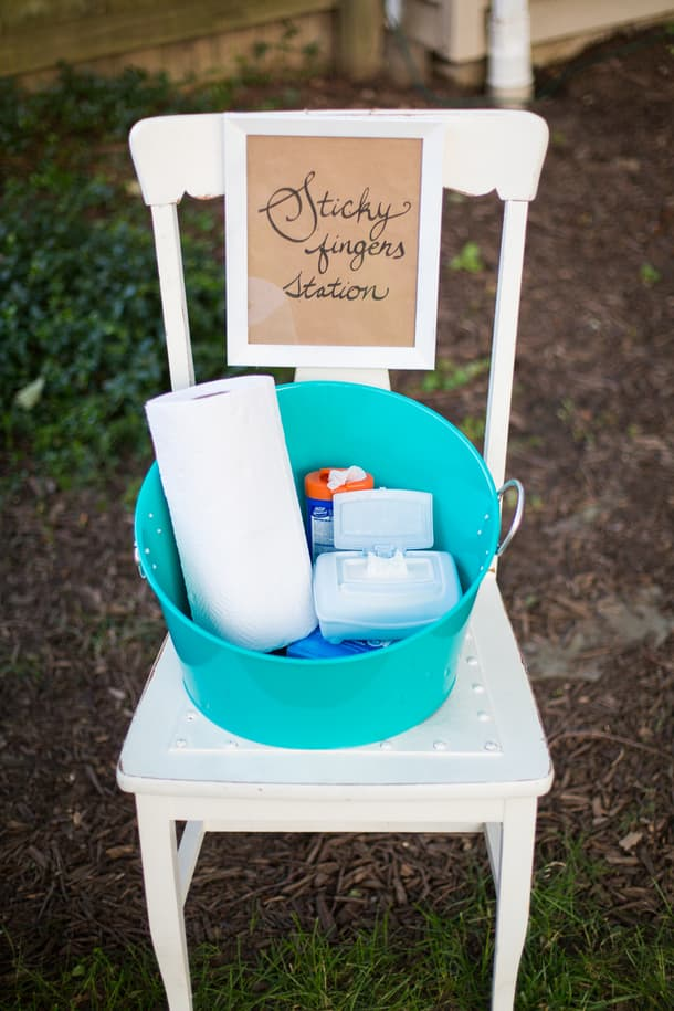 Sticky Fingers Station (11 Ways to Impress Guests at Your Outdoor Party! via @jennyonthespot)