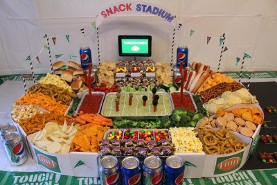 15 Super Bowl Party Recipes: Supreme Snack Stadium
