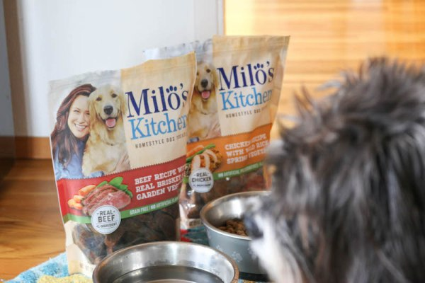 Milo's Kitchen Homestyle Dog Treats 8