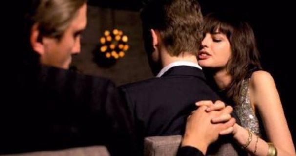 divorce signs-loving soomeone else