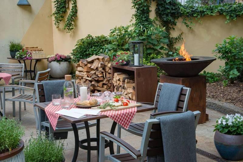 Casa Marcello in Courtyard