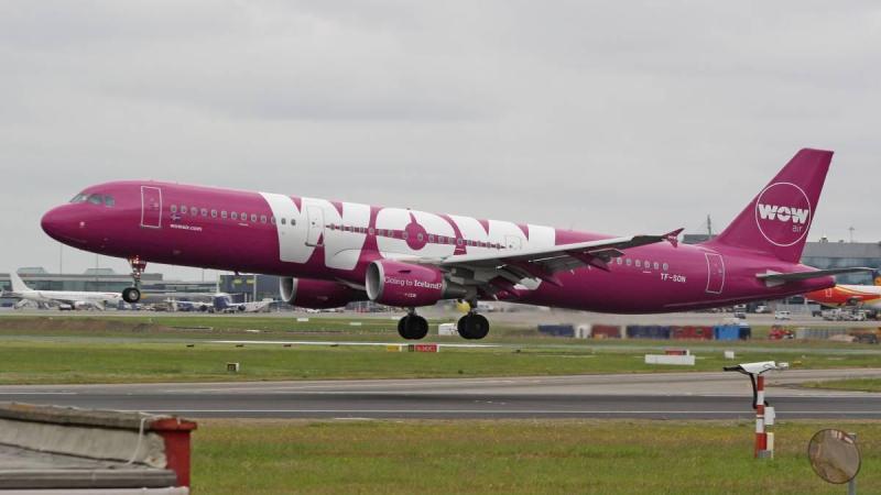 Wow Air Review Airplane on tarmac