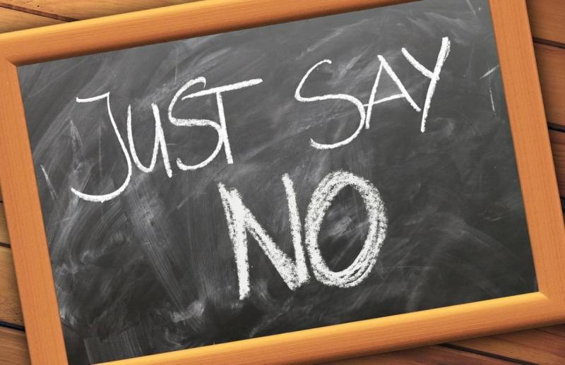 """Chalkboard with """"Just Say No"""" written"""