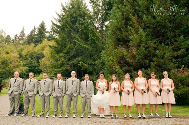 Cedar Springs Wedding; photo by Heather Mayer Photography | flowers by Jen's Blossoms