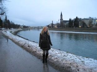 Jen next to the Salzach River