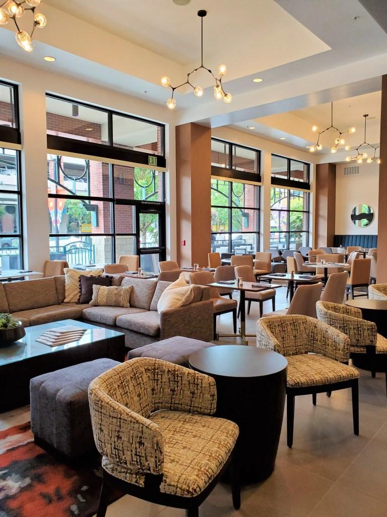 Restaurant at Seattle Marriott Redmond