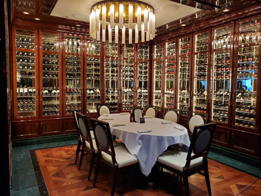 Dining Room on Royal Princess