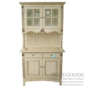 French Cabinet Shabby Chic Style,almari cabinet vintage,model lemari vintage shabby chic,shabbychic cabinet furniture jepara,white painted furniture,furniture ukir jepara cat putih duco,model mebel klasik cat duco jepara,shabby chic jepara vintage,model lemari french shabby chic mebel jepara