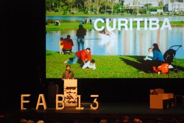 Curitiba foi eleita em agosto a primeira Fab City do Brasil, em evento realizado em Santiago, no Chile. Foto: Divulgação