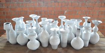 1_briddell_white_vases