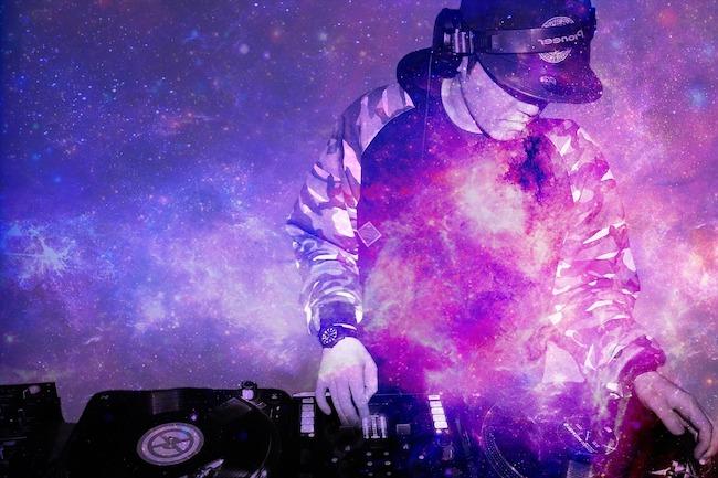 DJ Spinning Tracks - Jeremy Larochelle - MBA